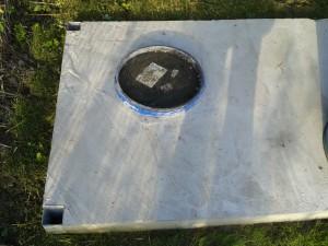 Zakopana beczka na potrzeby WC